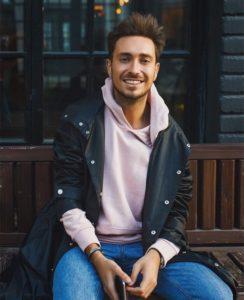 Молодость — это огонь в душе! Интервью с Алексеем Сухаревым — шеф-стилистом Первого канала.